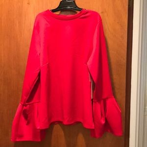 Halogen flutter sleeved blouse